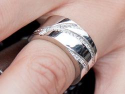 심플하고 시원스러운 Uren Ring 유렌 반지