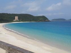 세계 투명도를 자랑하는 오키나와 자마미섬 '후루자마미비치'