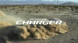 닷지 차저(Dodge Charger)의 파사트(Passat)를 겨냥한 패기넘치는 TV광고 - 포스터(Poster)편 [한글자막]