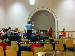 독일 지방정부에서 지원하는 현악기 앙상블에 참여한 9살난 딸 아이
