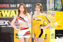 2017 CJ 슈퍼레이스 레이싱모델 유진 & 박하