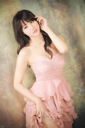 핑크빛이 잘 어울리는 그녀 MODEL: 연다빈 (6-PICS)