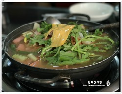 전주숨은맛집- 금암동부대찌개 단백한 맛에 이끌려~~