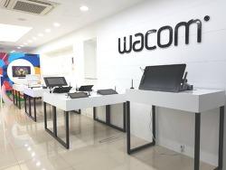 [부산] 부산 광복점 - 와콤의 모든 제품을 체험 및 구매할 수 있는 와콤스토어
