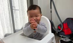 생후 10개월, 드디어 손뼉을 치다!! (동영상)