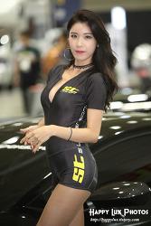 2018 오토살롱 No. 28 (모델 이영)