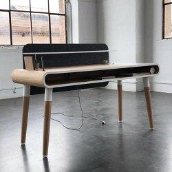 Eget Desk