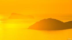 해남의 땅끝마을의 석양에 물든 황금물결과 철원의 석양 빛