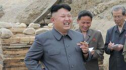 북한 중앙방송 김정은 새로 개발한 첨단전술무기 시험 지도