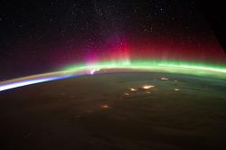 우주에서 본 지구