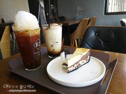 의정부 가능동 카페 이젠 (E.JENN) 인테리어 예쁜 로스터리 카페