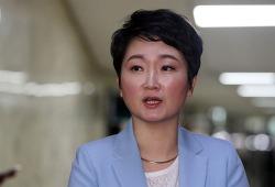 이언주 한국당 꽃가마 타나 바른미래당 탈당 뒤 선택