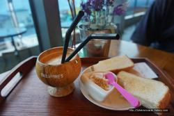 제주도 카페) 데비즈: 100% 코코넛카페 악마의 스프레드