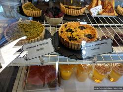LA 맛집, 엘모사 비치(허모사 비치 Hermosa Beach) 커피 맛집 'Cafe BONAPARTE'
