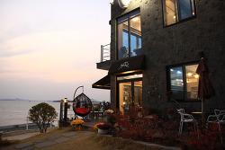 여수카페 어느멋진날 루프탑이 있는 섬달천 저녁노을 가볼만한곳
