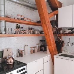 [미국 뉴욕] 교회를 개조한 디자이너의 집, 너무나 멋졌던 뉴욕의 에어비앤비