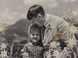 히틀러 유대인 소녀 사진 1,300만 원에 낙찰
