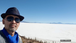 우유니 소금사막의 최대 미스터리