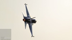 블랙이글 대한민국 공군 특수비행팀의 에어쇼 장면을 ADEX에서 감상