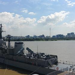 추석 연휴 나들이 장소 추천! 한강에서 만나는 군함, 서울함 공원