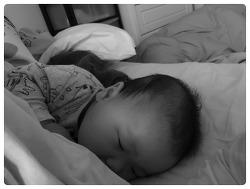 생후7개월, '모유수유' 신화를 벗어던지다