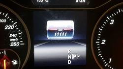 벤츠b200  b클래스 주행거리 1111 킬로 기념 샷