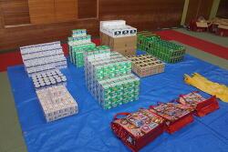 한국인 커플 돈키호테에서 대량 도둑 절도 혐의로 체포