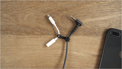→ 라이트닝-3.5mm 헤드폰 잭 어댑터를 쉽게 휴대하는 법