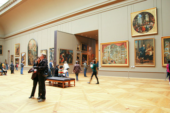 파리여행, 루브르의 그림들