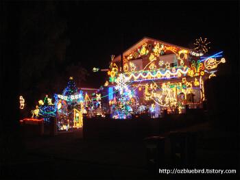 ◎ 크리스마스 불빛장식이 아름다운 집