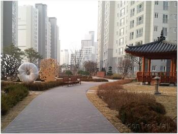 국민임대주택 아파트 중앙광장 합성목재 데크 공사