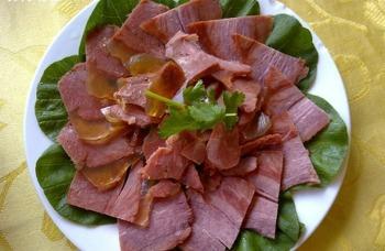 서안 특산요리: 당나귀 무침 (涼拌驴肉)