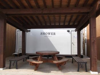 팬션 샤워장 및 화장실