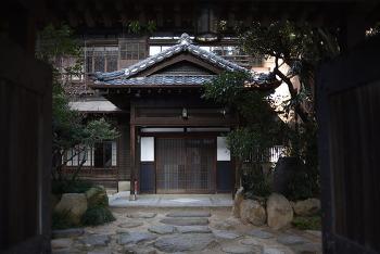 부호의 저택, 요정 그리고 문화재 : 부산 정란각