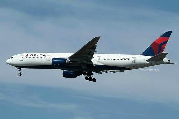 Delta Air Lines / Boeing 777-232/ER / N864DA