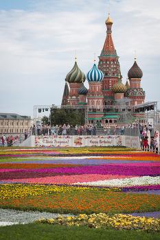 [화보] 붉은광장 꽃 축제 그리고 굼 백화점