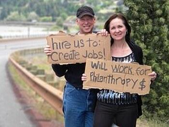 영어표현 I am in between jobs는 무슨 뜻?