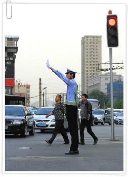 중국 가장 키큰 교통경찰