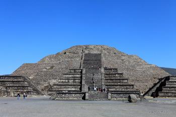 멕시코 피라미드와 이집트 피라미드