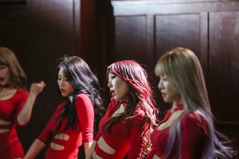 극강 퍼포먼스 '걸 크러쉬' 신곡 4월8일 첫 앨범으로 발매 타이틑곡은 'Memories'