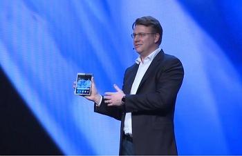 인피니티 플렉스 디스플레이를 장착한 삼성 폴더블폰의 아쉬움과 7.3인치에 거는 기대감