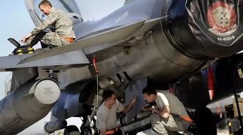 F-22의 허리케인 피해는 지휘관의 잘못 때문일까?