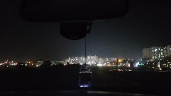 차에서 바라본 진주의 야경