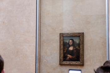 오후 관광은 루브르박물관입니다.