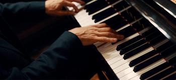 [11시 콘서트 초대 이벤트] 베토벤이 선사하는 로맨틱한 밸런타인데이 선물