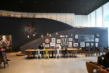 밀레니얼 감성의 새로운 호텔, 목시 오사카 Moxy Osaka Honmachi