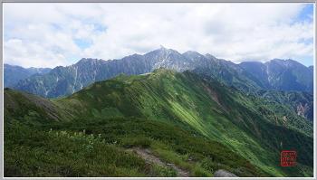 북알프스 오모테긴자 (야리가다케-스고로쿠고야-카가미타이라산소)