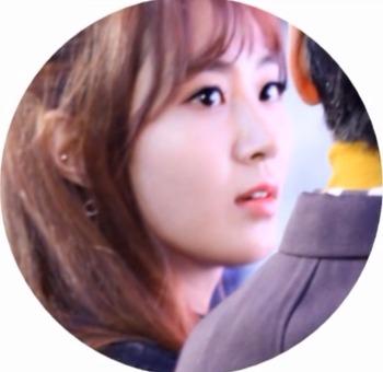 소녀시대 유리, 권유리의 생일을 축하합니다.