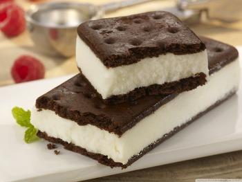 Download Vanilla Sandwich Ice Cream HD Wallpaper