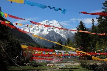 [음식기행-28] 사천 티베트 문화와 눈부시